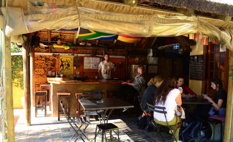 Thatch bar Sunflower Stop